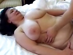 Busty fat ass mature cougar really loves fucking young guys