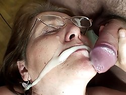 After the threesome mature fucking the guys line up and shoot their wads on her